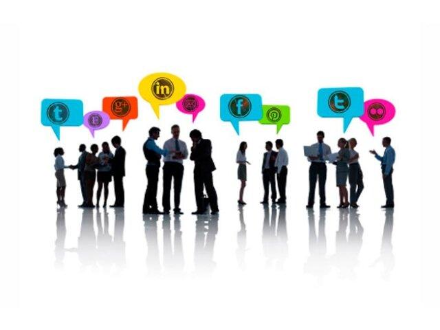 trabajo-redes-sociales-874x492